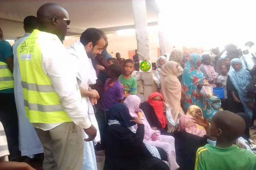 Le candidat Mohamed Lemine El Mourteji préside un meeting à Ouad Naga