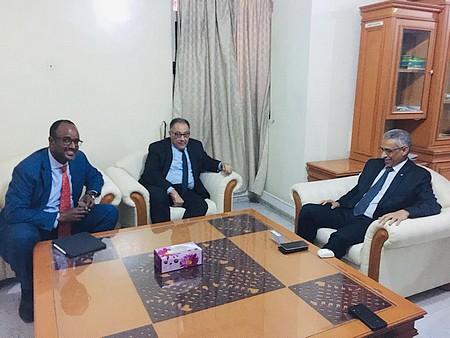 Le Délégué Général à la Solidarité Nationale s'entretient avec le Vice-président de la BM pour l'Afrique