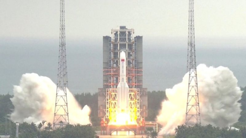 Les débris de la fusée chinoise sont tombés dans l'océan Indien, , selon la Chine
